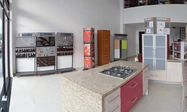 Herrajes para muebles, cocinas, closets. Jaladeras, Correderas ...